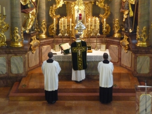 Traditional (Latin) Mass